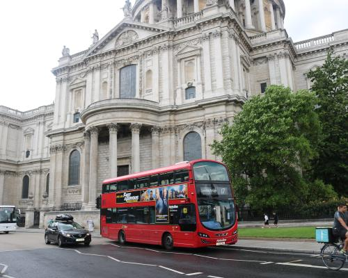 Metroline St Pauls Cathedral Route 17